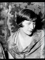 Porträtt av Gull Natorp, skådespelerska.