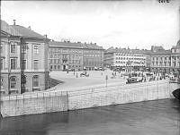 Gustav Adolfs Torg från Helgeandsholmen.