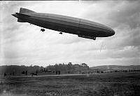 Luftskeppet Bodensee landar på Gärdet 8 oktober 1919.