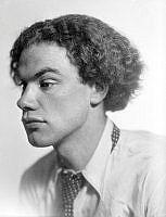 Porträtt av konstnären Göran Brunius.