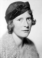 Porträtt av kvinna, Fickerström.