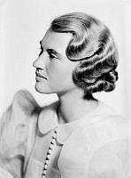 Porträtt av kvinna, Segerstad.