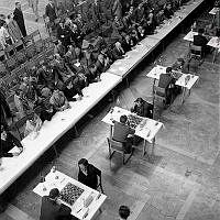 Landskamp i schack mellan Sverige och Jugoslavien i Blå Hallen, Stadshuset.